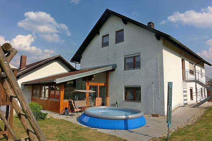 Holiday home on the first floor with private entrance and large garden