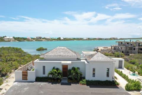 Vista Cove - Entire Property