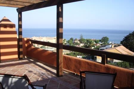 Atico vistas al mar - Эстепона