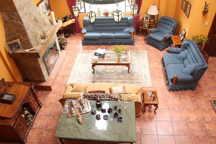 POSADA MARULLACTA, REFUGIO EN LA NATURALEZA - Mulauco - House