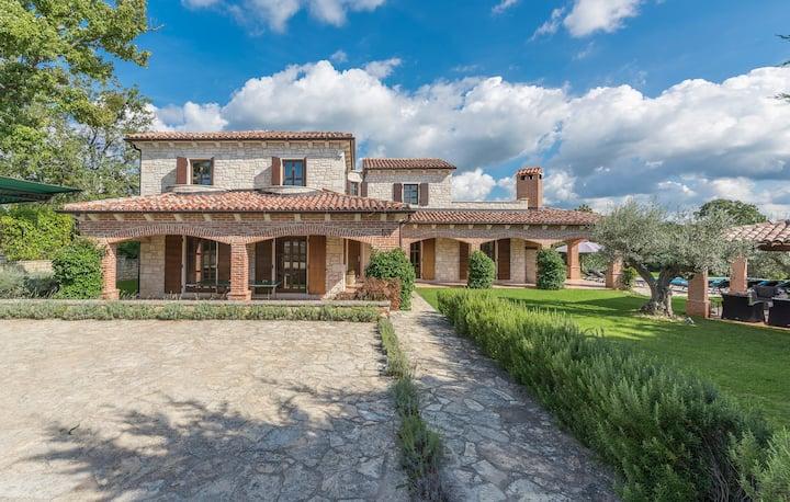 Luxury Unique Stone Villa Rustica in Istria
