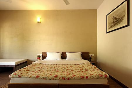 Deluxe room in Sasan Gir