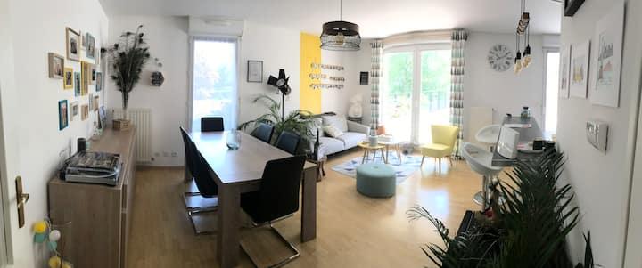Appartement Chartres grande terrasse et parking