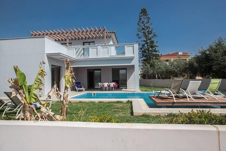 Cyprus In The Sun Villa Satin D2 - Ayia Napa - Dom