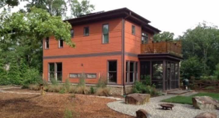 Modern Home - 2 Beds - Chapel Hill (Carrboro) NC