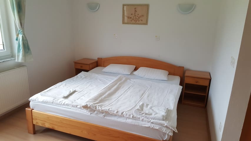 Hotel Benda double room - Mozirje - Bed & Breakfast