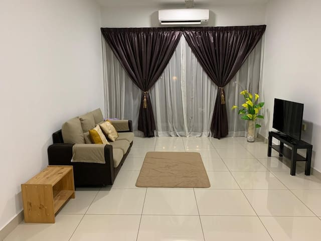 Kajang 3 bedroom Condo near MRT
