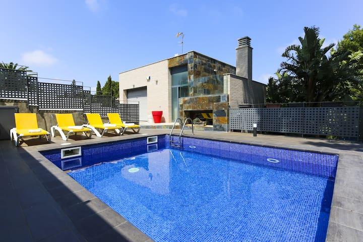 MIRADOR Villa with private pool & barbecue zone