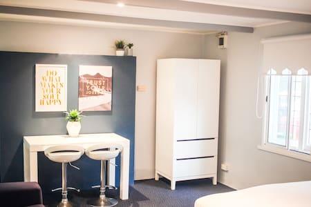 Bright & Cozy Studio in Bondi Beach - Bondi Beach - Apartamento