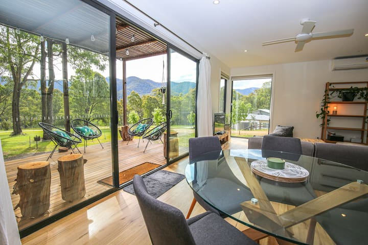 VILLE VIEWS : Harrietville