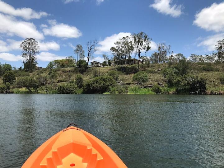 Riverside Camping - enjoy kayaking / fishing