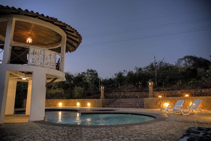 Spectacular Villa in Barichara (Pool + Gardens)