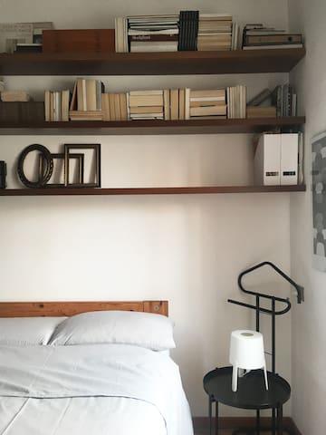 Quiet comfortable room