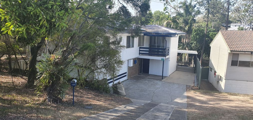 Air conditioned rooms for rent in Mount Gravatt