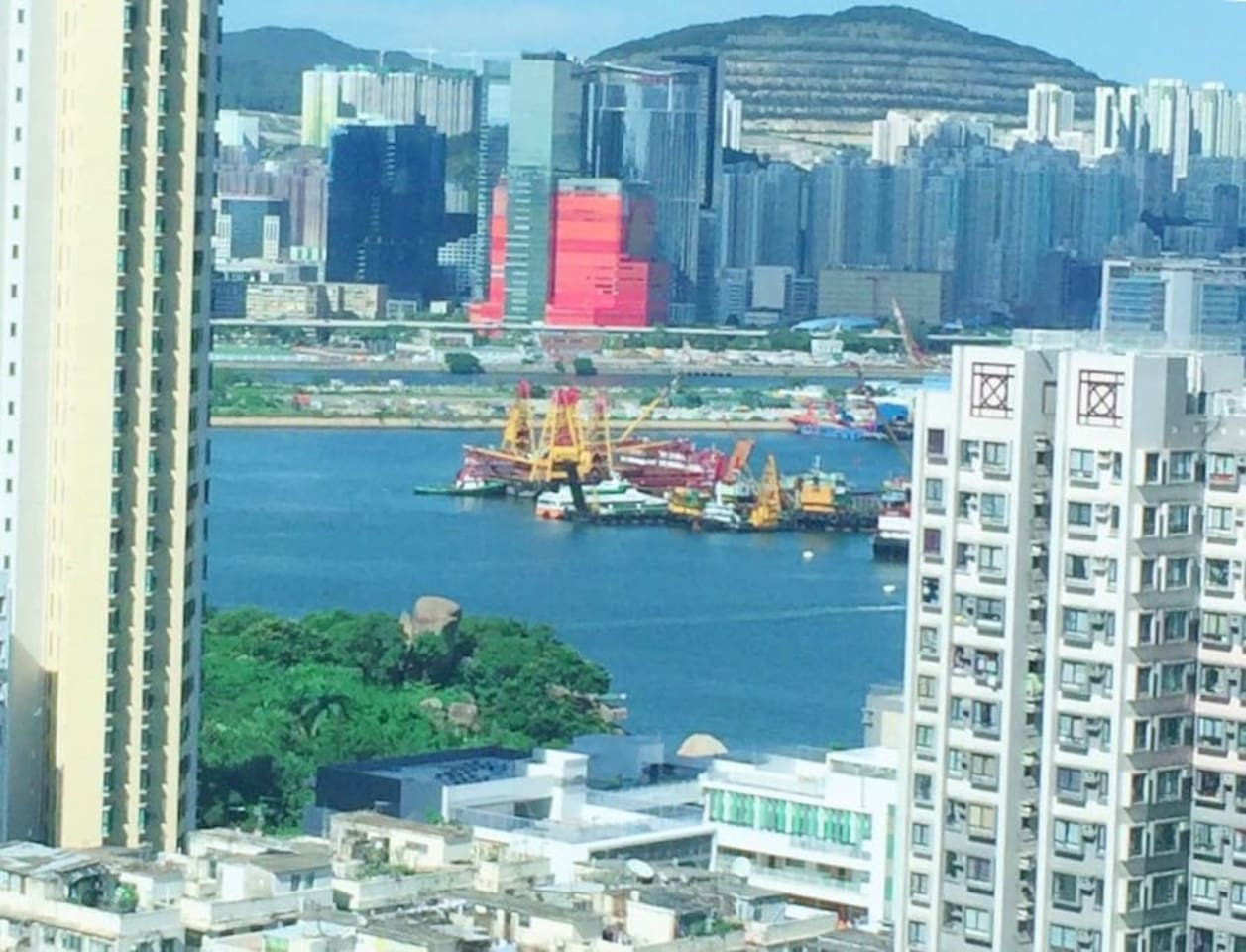 Seaview Apartment in Kowloon