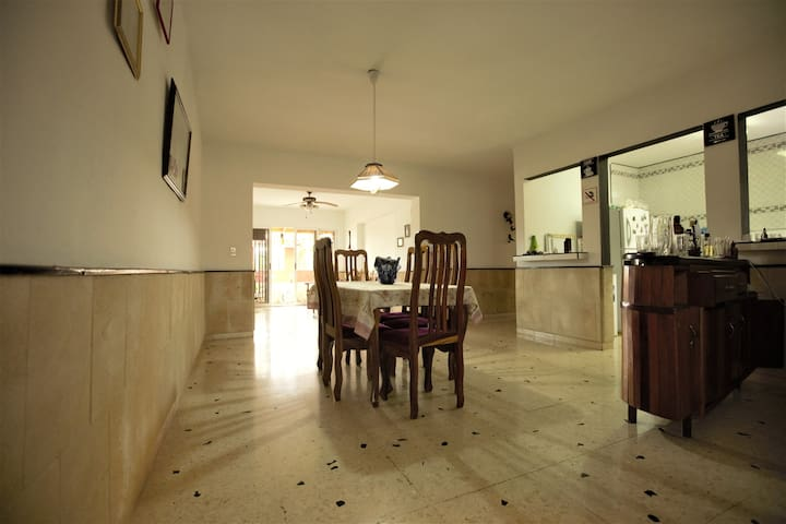 Shared space of the house. Espacio compartido de la casa.