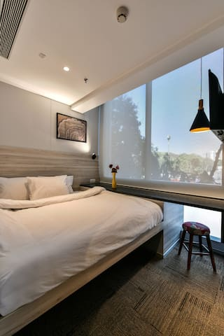 India's first boutique SUITE POD for two - Mumbai - Andre