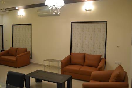 Ave Maria Alta 2 BHK Luxe Apartment - Mangaluru - Bungalow
