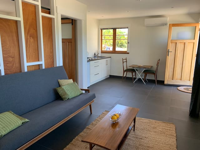 Cosy apartment with views of Te Mata peak