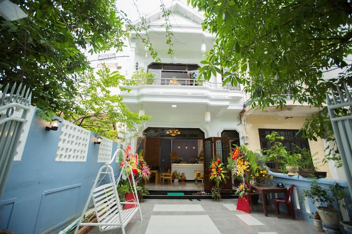 Shark Homestay-Double room for 2 people (2)