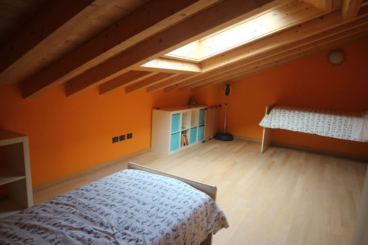 3rd bedroom with single wardrobe, drawers and 3 single beds