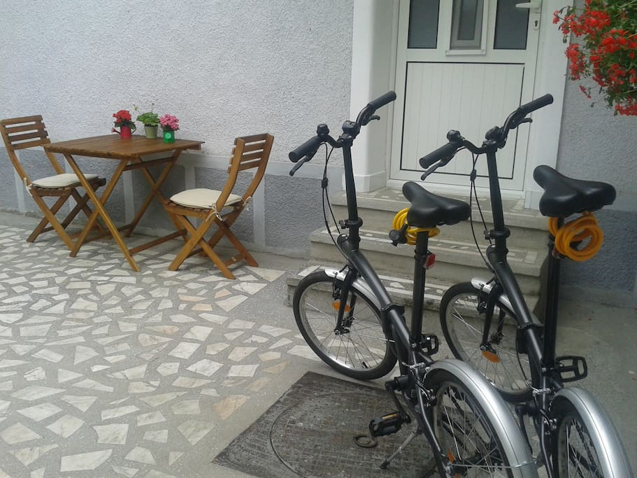 Yard location - Bicycles for tourist
