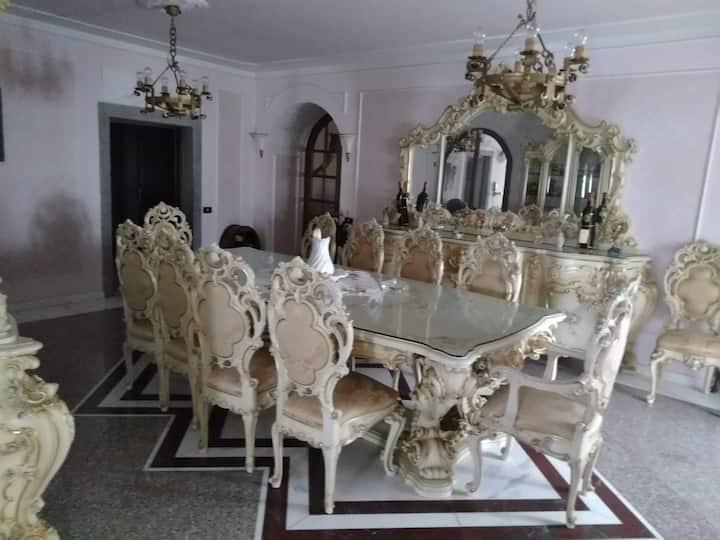Porzione di Antico Mulino in stile barocco