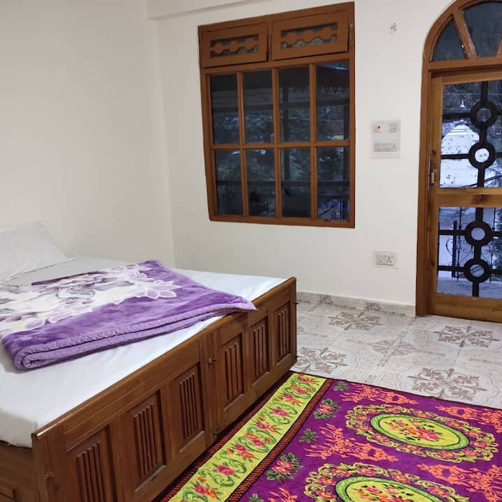 Private room 1 in summer hill river  home stay