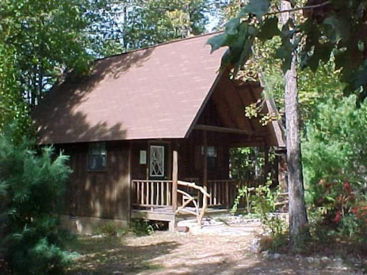 ~The Red Cloud at Silver Run Cabins/ Buffalo River