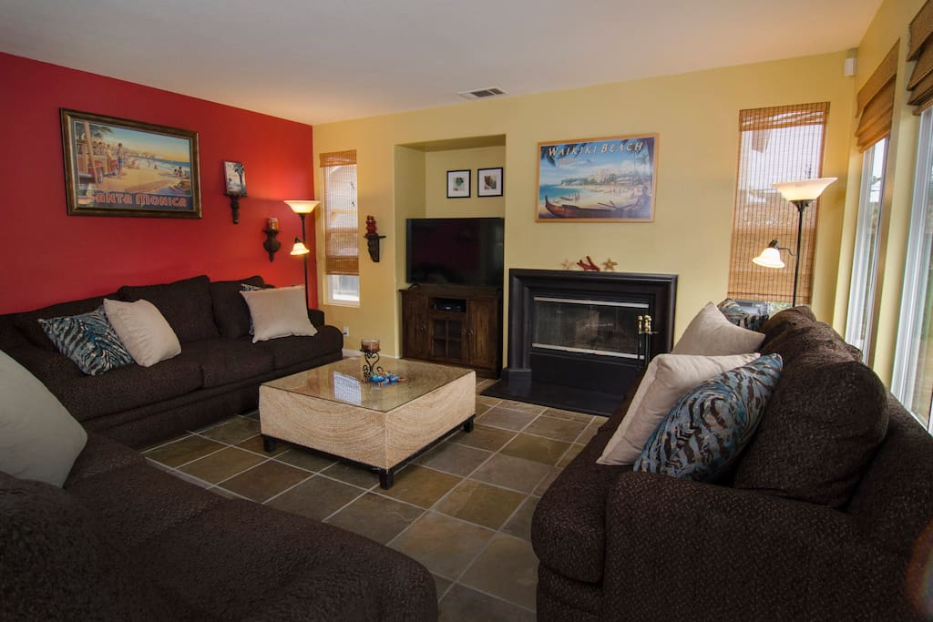 Spacious Family Room with 3 Couches and Smart TV