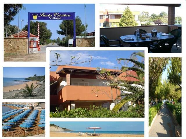 Casa sul mare con terrazzo Santa Cristina village