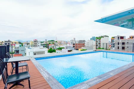 Modern Studio★Roof Top Pool★|♚Size Bed| near Beach