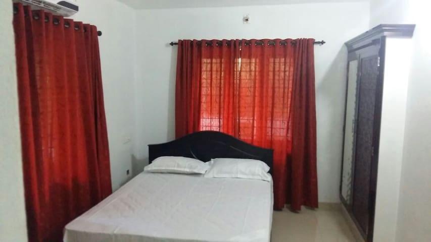 Sri Nandhanam Villa - Thrissur - House