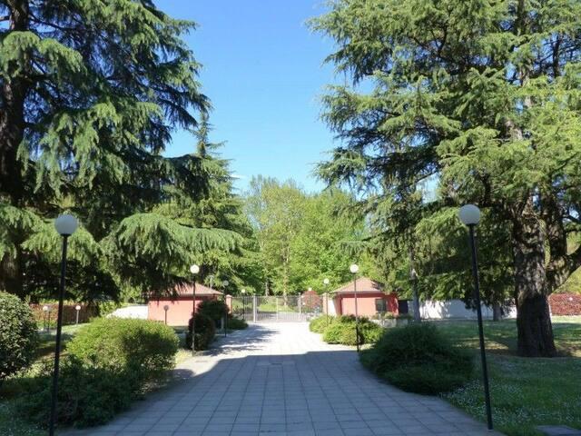 Relax nel verde tra Milano e Lecco. CIR 108029-CNI
