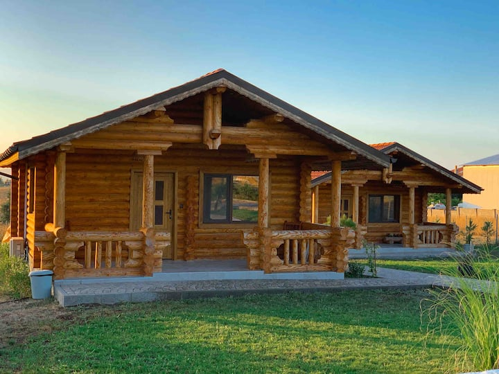 Wooden Villas In Bulgaria Lozenets•••