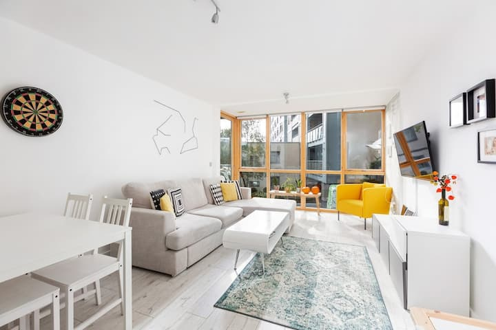Beautiful, bright and spacious apartment