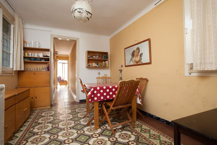 Centric cosy double room BCN - Barcelona - Casa