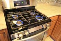 Kitchen Stove - LG