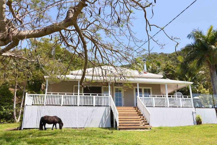 Kanooka, Modern Luxurious Farmhouse, Tweed Coast