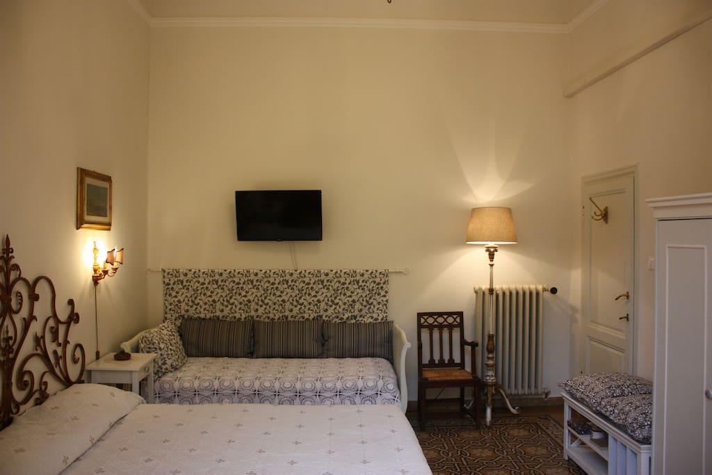 Camera Lilla matrimoniale terzo letto