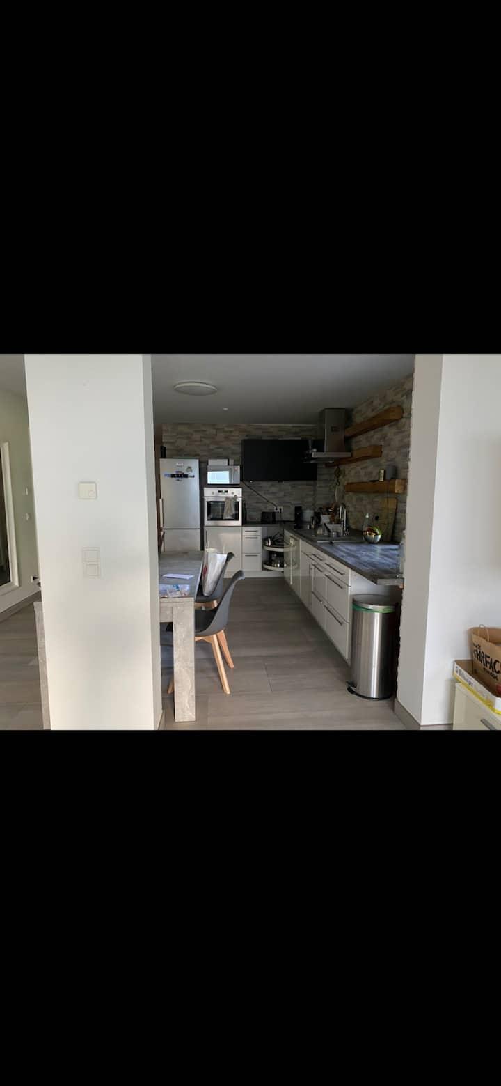 Moderne, schöne & große Wohnung