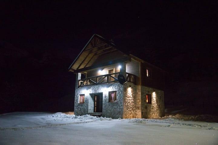BB Etno House