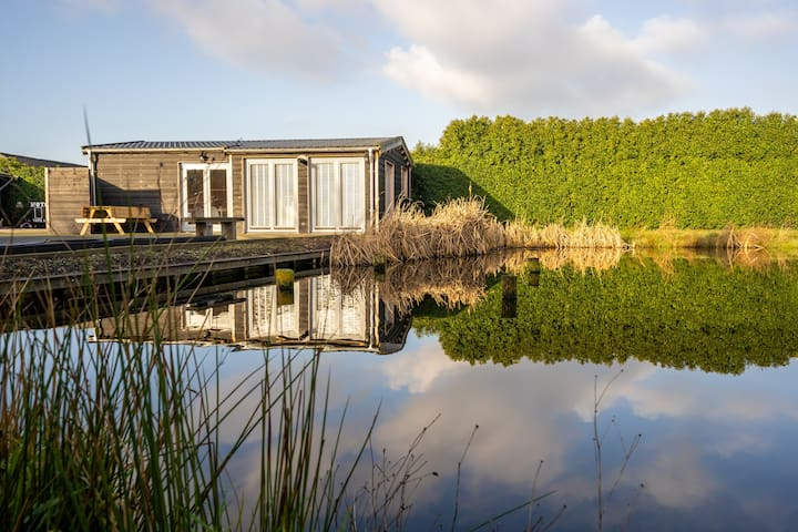 Brand new Cottage in the Hart of Holland