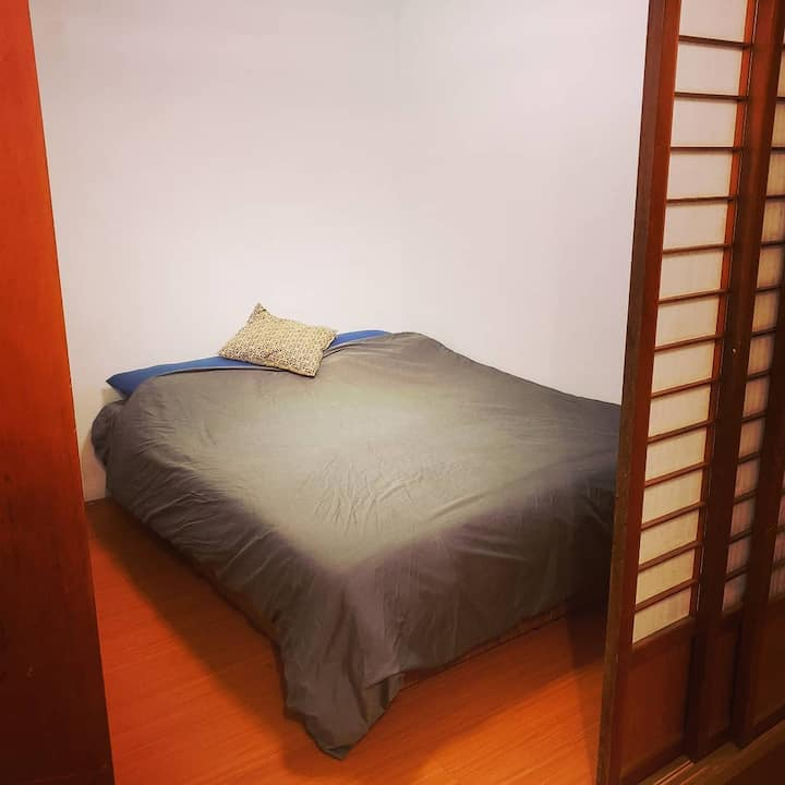 Japanese double bed private room! 日式雙人床房