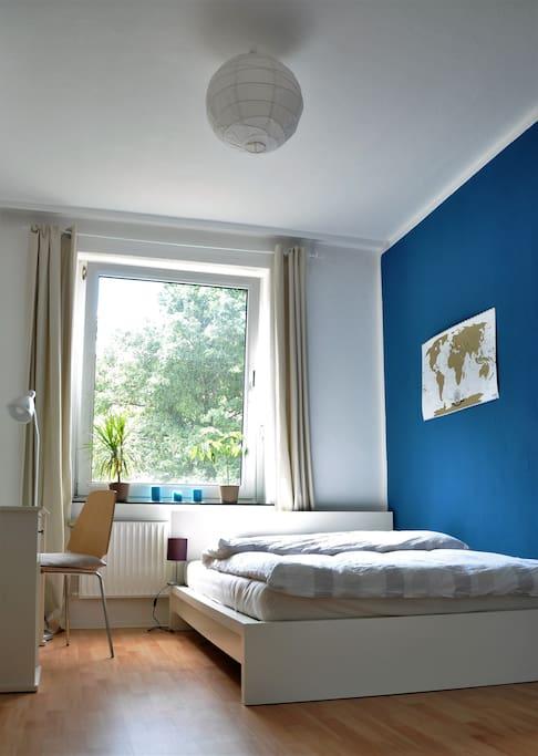 zimmer gem tlich ruhig zentral wifi wohnungen zur miete in hannover niedersachsen deutschland. Black Bedroom Furniture Sets. Home Design Ideas