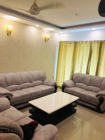 Comfortable stay at Cherry County Noida Extension