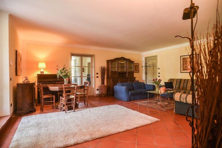 """Villa Il Colletto """"Rosa"""" - Lucca - Villa"""