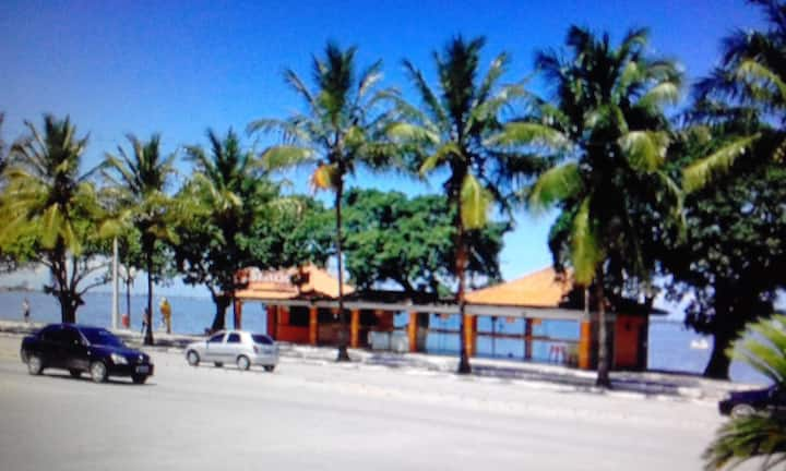 ARARUAMA - Apto Mobiliado Frente para Lagoa