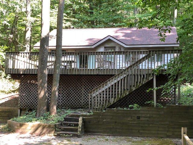 Tuckaway Cottage
