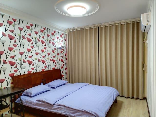 卧室,大床